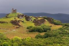 Παραμένει του κάστρου κοντά στη γλώσσα, βόρεια Σκωτία στοκ εικόνες