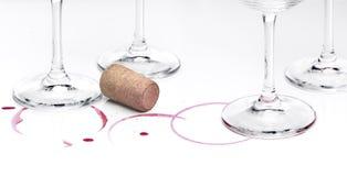 Παραμένει του κρασιού και των γυαλιών στοκ εικόνες