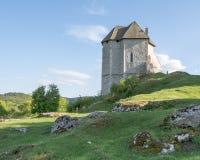 Παραμένει του οχυρού Sokolac στο χωριό Brinje, Κροατία Στοκ εικόνα με δικαίωμα ελεύθερης χρήσης