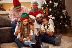 Παραμονή Χριστουγέννων στο σπίτι στοκ εικόνες