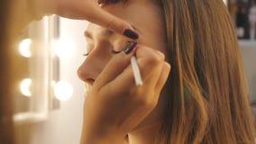 Παρασκήνια καλλιτεχνών Makeup απόθεμα βίντεο