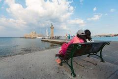Παρατήρηση του οχυρού του Άγιου Βασίλη από την ακτή σε Mandraki, Rhode Στοκ εικόνα με δικαίωμα ελεύθερης χρήσης