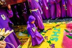 Παραχωρήσώντη θρησκευτική πομπή, Αντίγκουα, Γουατεμάλα Στοκ Φωτογραφίες