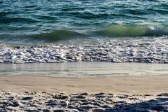 Παραλία, άμμος, κύματα Στοκ εικόνες με δικαίωμα ελεύθερης χρήσης