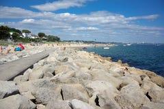 Παραλία αμμουδιών στην άκρη του λιμανιού Poole στο Dorset στοκ φωτογραφία με δικαίωμα ελεύθερης χρήσης