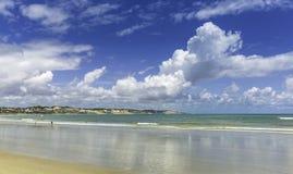 Παραλία αμμόλοφων στη γενέθλια πόλη, Βραζιλία Στοκ Εικόνες