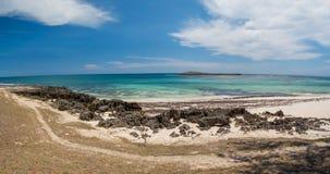 Παραλία βράχου παραδείσου στη Μαδαγασκάρη, Antsiranana, Diego Suarez Στοκ Φωτογραφίες
