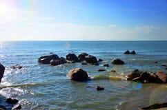 Παραλία βράχου Στοκ εικόνα με δικαίωμα ελεύθερης χρήσης