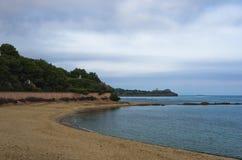 Παραλία επί του archeological τόπου της Νόρα, κοντά στην πόλη Pula, νησί της Σαρδηνίας Στοκ εικόνες με δικαίωμα ελεύθερης χρήσης