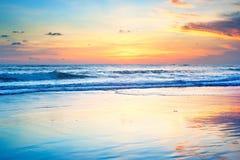 Παραλία ηλιοβασιλέματος του Μπαλί Στοκ φωτογραφίες με δικαίωμα ελεύθερης χρήσης