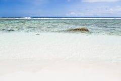 Παραλία και λιμνοθάλασσα, Λα Digue, Σεϋχέλλες Στοκ εικόνες με δικαίωμα ελεύθερης χρήσης