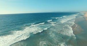 Παραλία και κανό απόθεμα βίντεο