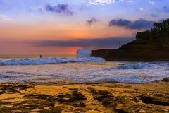 Παραλία κοντά στο ναό μερών Tanah - Μπαλί Ινδονησία Στοκ φωτογραφία με δικαίωμα ελεύθερης χρήσης