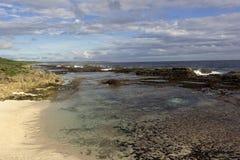 Παραλία κοραλλιογενών υφάλων στα Τόνγκα Στοκ εικόνα με δικαίωμα ελεύθερης χρήσης