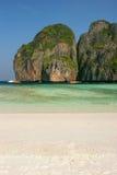 Παραλία κόλπων της Maya Phi Phi στο νησί Leh, Ταϊλάνδη Στοκ φωτογραφία με δικαίωμα ελεύθερης χρήσης