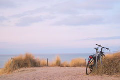 Παραλία με το ποδήλατο Στοκ Εικόνες