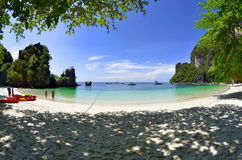 Παραλία νησιών της Hong, Ταϊλάνδη Στοκ Εικόνες