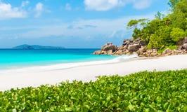 Παραλία παραδείσου - Anse Georgette σε Praslin, Σεϋχέλλες Στοκ φωτογραφία με δικαίωμα ελεύθερης χρήσης