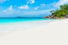 Παραλία παραδείσου - Anse Georgette σε Praslin, Σεϋχέλλες Στοκ εικόνες με δικαίωμα ελεύθερης χρήσης