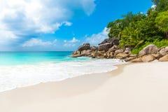 Παραλία παραδείσου - Anse Georgette σε Praslin, Σεϋχέλλες Στοκ Εικόνες