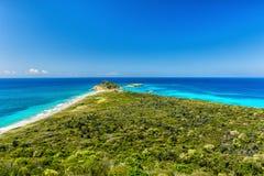 Παραλία πελεκάνων Caja de Muerto στο νησί Στοκ εικόνα με δικαίωμα ελεύθερης χρήσης