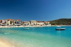 Παραλία σε Primosten, Κροατία Στοκ φωτογραφία με δικαίωμα ελεύθερης χρήσης