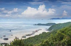 Παραλία σημείου TA Waen άποψης Koh στο νησί Phattaya Ταϊλάνδη, ένα του τοπικού LAN από το ομορφότερο νησί στην Ταϊλάνδη Στοκ Εικόνες