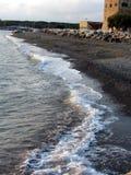 Παραλία στο ηλιοβασίλεμα Στοκ φωτογραφία με δικαίωμα ελεύθερης χρήσης