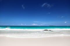 Παραλία στο νησί Praslin, Σεϋχέλλες Στοκ Εικόνες