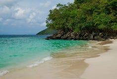 Παραλία Ταϊλάνδη νησιών κοραλλιών Στοκ φωτογραφία με δικαίωμα ελεύθερης χρήσης