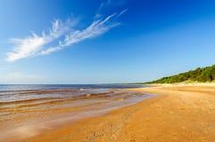 Παραλία της θάλασσας της Βαλτικής σε Saulkrasti Στοκ Εικόνες