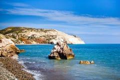 Παραλία τόπων γεννήσεως Aphrodite στη Πάφο, Κύπρος Στοκ εικόνες με δικαίωμα ελεύθερης χρήσης