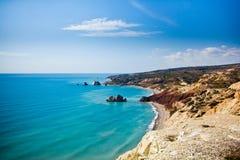 Παραλία τόπων γεννήσεως Aphrodite στη Πάφο, Κύπρος Στοκ εικόνα με δικαίωμα ελεύθερης χρήσης