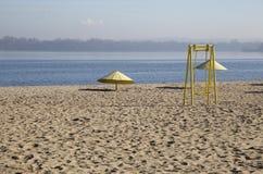 παραλία φθινοπώρου που &epsilo Στοκ εικόνα με δικαίωμα ελεύθερης χρήσης