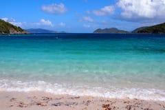 Παραλία φωλιών γερακιών στο νησί του ST Johns Στοκ φωτογραφίες με δικαίωμα ελεύθερης χρήσης