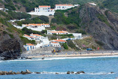 Παραλία Aljezur, Αλγκάρβε, Πορτογαλία Arrifana Στοκ εικόνα με δικαίωμα ελεύθερης χρήσης