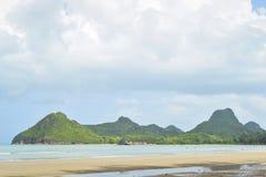 Παραλία AO Manao, Prachuap Khiri Khan, Ταϊλάνδη Στοκ Εικόνες