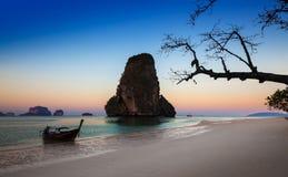 Παραλία AO nang, Railay, Krabi, Ταϊλάνδη Στοκ Φωτογραφία