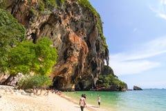 Παραλία AoNang Krabi Ταϊλάνδη ουρανού Στοκ φωτογραφία με δικαίωμα ελεύθερης χρήσης