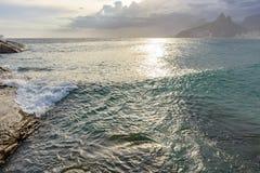 Παραλία Arpoador στο Ρίο ντε Τζανέιρο Στοκ φωτογραφίες με δικαίωμα ελεύθερης χρήσης