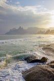 Παραλία Arpoador στο Ρίο ντε Τζανέιρο Ipanema Στοκ εικόνες με δικαίωμα ελεύθερης χρήσης