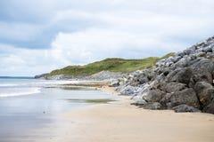 Παραλία Ballybunion εκτός από τις συνδέσεις Στοκ φωτογραφία με δικαίωμα ελεύθερης χρήσης