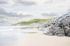 Παραλία Ballybunion εκτός από το γήπεδο του γκολφ συνδέσεων Στοκ φωτογραφία με δικαίωμα ελεύθερης χρήσης