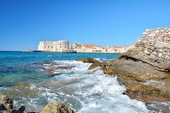 Παραλία Banje - Dubrovnik Κροατία Στοκ εικόνα με δικαίωμα ελεύθερης χρήσης