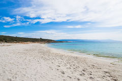Παραλία LE Bombarde κάτω από έναν νεφελώδη ουρανό Στοκ Φωτογραφίες
