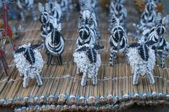 Παραδοσιακά εθνικά χειροποίητα πρόβατα παιχνιδιών καλωδίων χαντρών, Νότια Αφρική Στοκ φωτογραφία με δικαίωμα ελεύθερης χρήσης