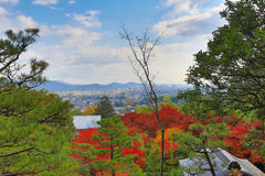 Παραδοσιακά ιαπωνικά σχέδια σπιτιών στο Κιότο, Ιαπωνία Στοκ φωτογραφία με δικαίωμα ελεύθερης χρήσης