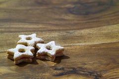Παραδοσιακά μπισκότα Linzer Στοκ φωτογραφία με δικαίωμα ελεύθερης χρήσης