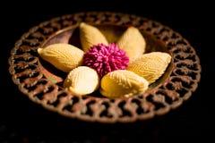 Παραδοσιακά μπισκότα Novruz στο μαύρο υπόβαθρο Στοκ Εικόνα
