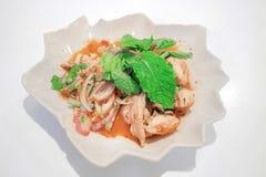 Παραδοσιακά ταϊλανδικά τρόφιμα αποκαλούμενα χοιρινό κρέας Namtok Στοκ φωτογραφία με δικαίωμα ελεύθερης χρήσης